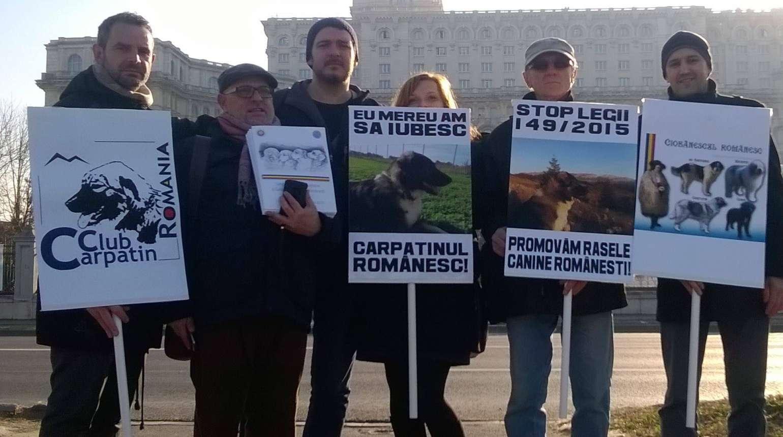 Protest împotriva Legii 149/2015 – Legea vânătorii şi a protecţiei fondului cinegetic